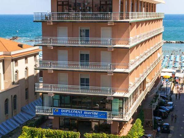 Hotel Diplomat Marine Cattolica