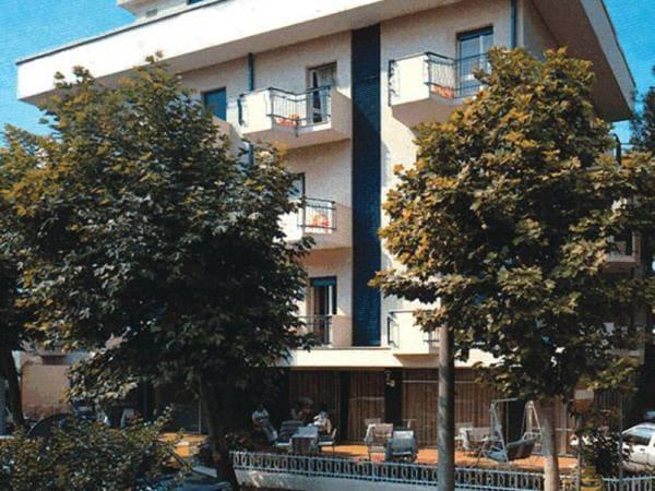 Hotel Canasta Riccione