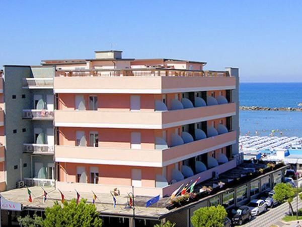 Hotel Regina Villamarina