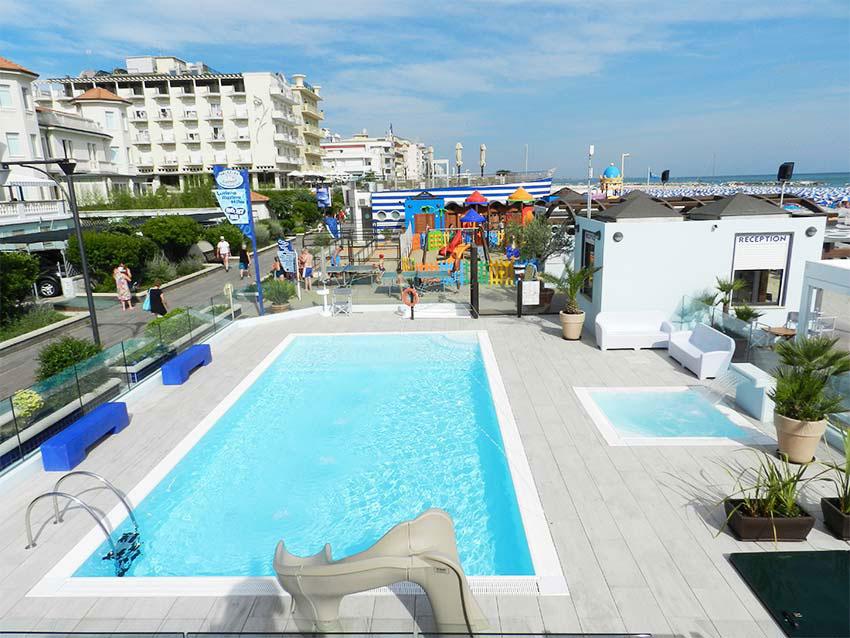 Hotel garden cattolica rn 3 stelle - Bagno delio san mauro a mare ...