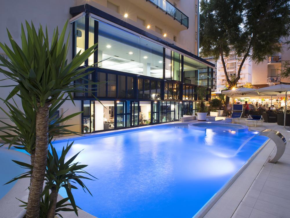 Tutti gli hotel di cattolica - Cattolica hotel con piscina coperta ...