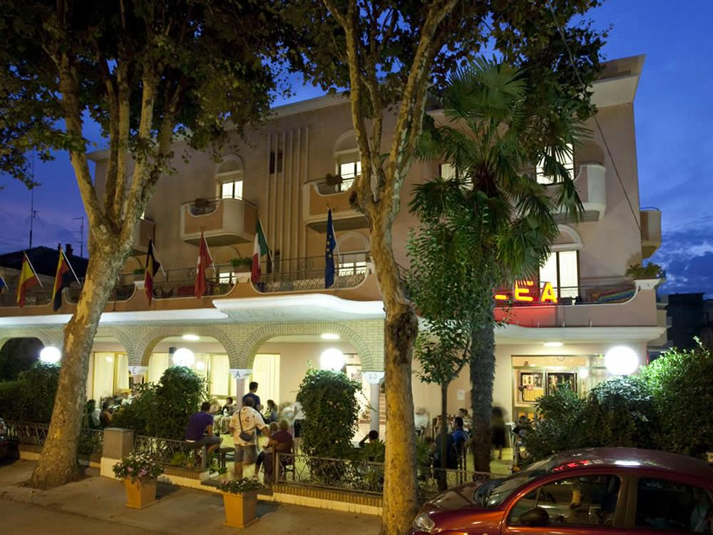 Hotel Lea Rivazzurra di Rimini RN 2 stelle